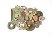 Поиск монет и кладов с металлоискателем