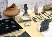 Клад из серебряных предметов был найден в центре Москвы