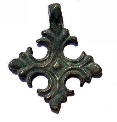 Старинный криновидный крест (фото)