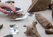 В Москве археологами обнаружен клад монет