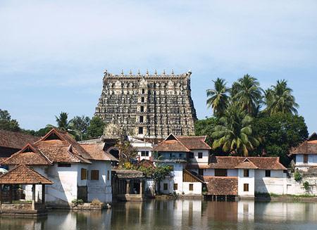Найденные сокровища индийского храма